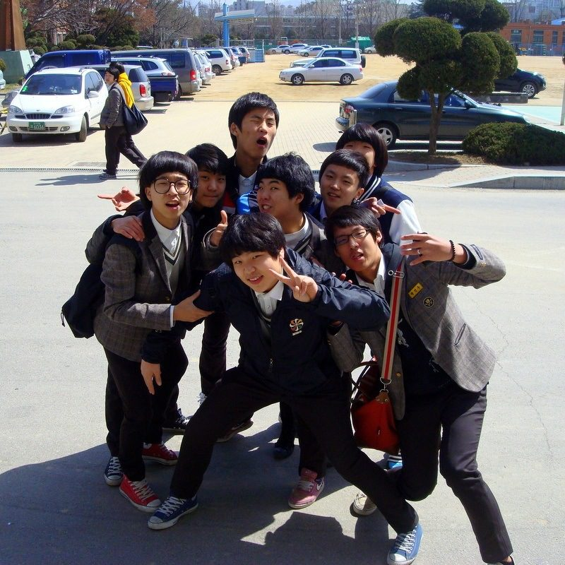 Shirlen's lively students in South Korea. Love the expressions!