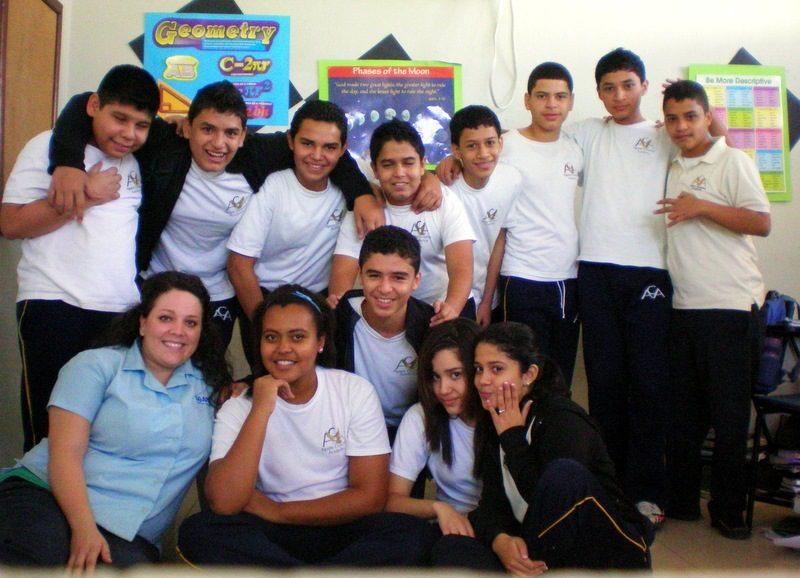 Shasta's 9th Grade class in Honduras.