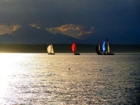 Sunshine on the water in Seattle, Washington.