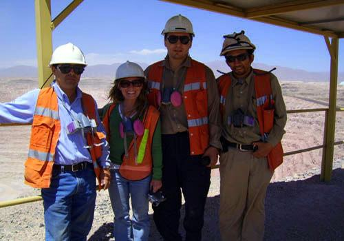Alisha with her students at the Chile copper mine.