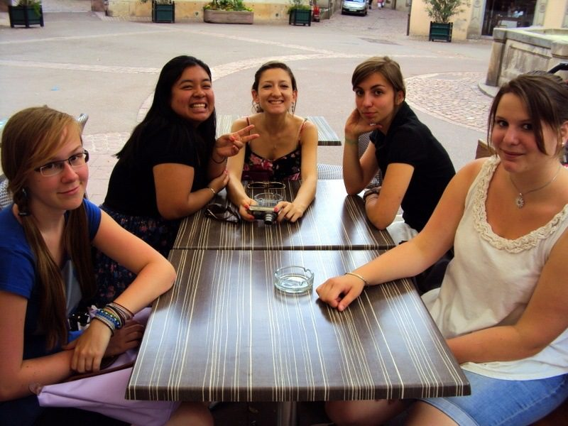Happy students during the Boston-Strasbourg exchange.