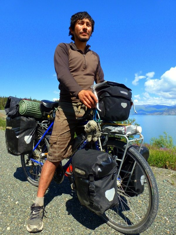 Andres with his bike on the stretch from Tok to Skagway.