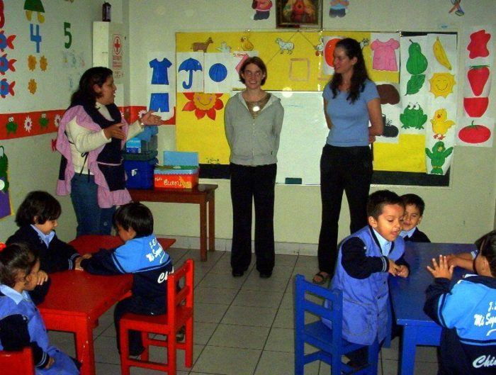 Gareth and her Boston colleague Lillie being introduced to an early childhood class in Chimbote, Peru.