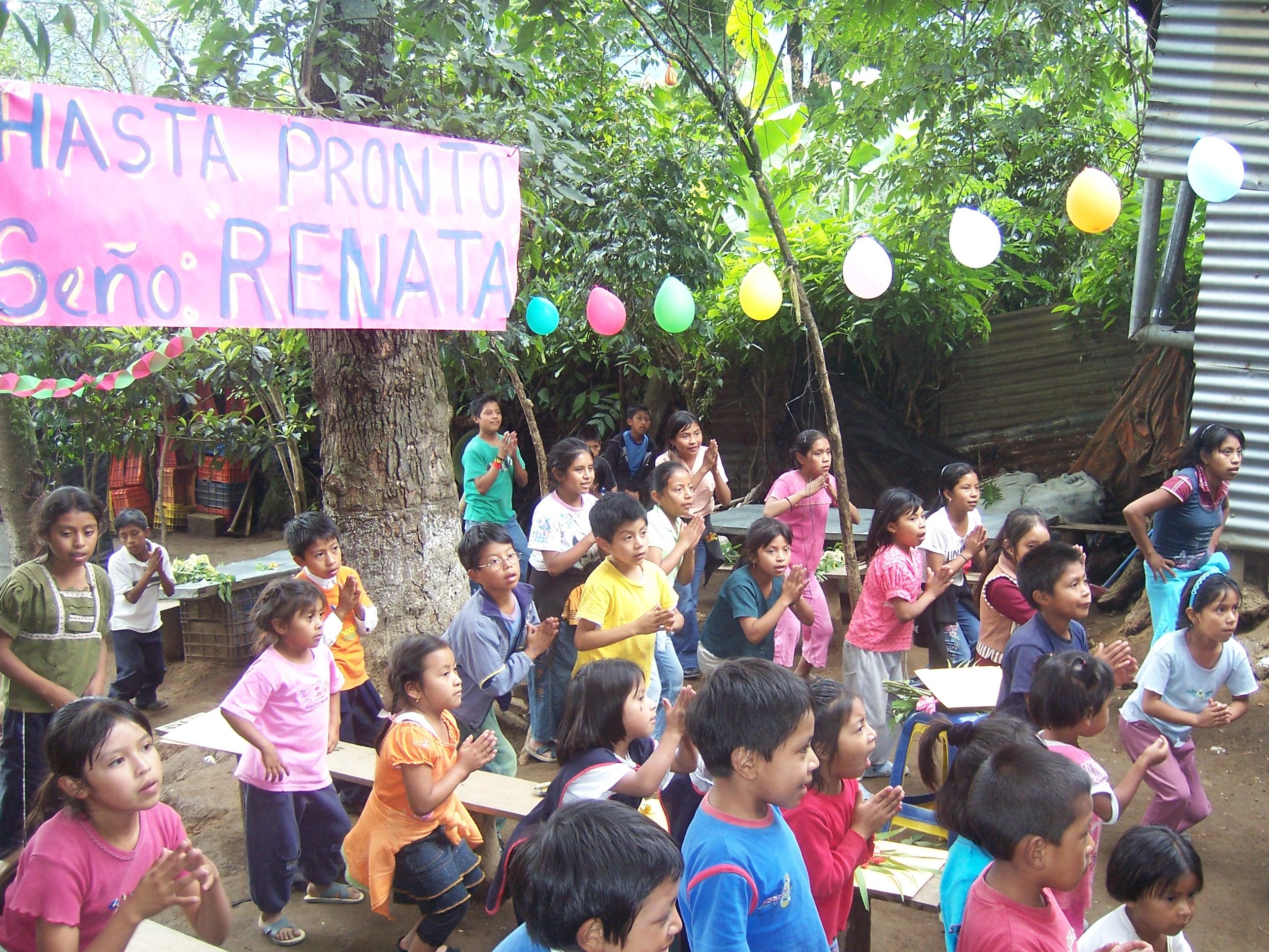 Students dancing at Semilla de Esperanza y Amor.