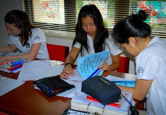 Students in a Vietnam International School studying very seriously.