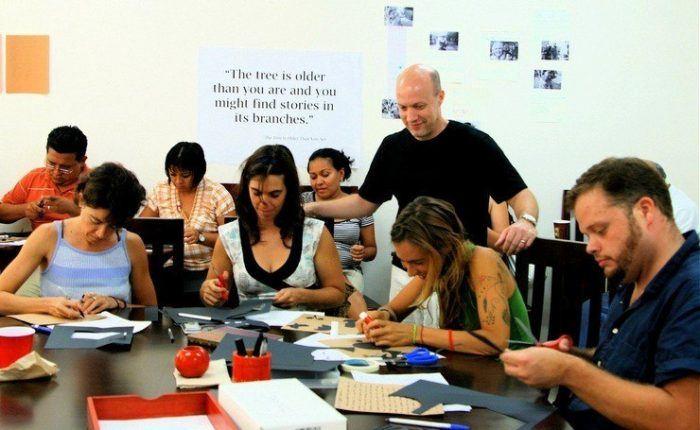 Kurt leading a workshop for teachers at Habla in Meridia.