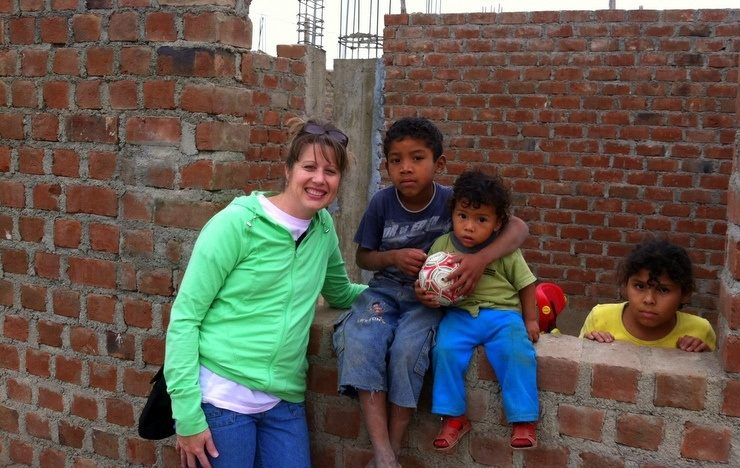 Kitty made friends all over Peru!