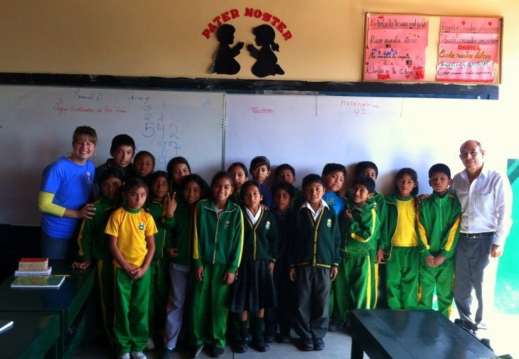 Cute kids in Peru in their classroom with Kitty.