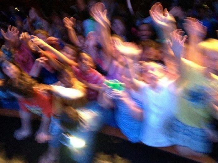Steven's screaming fans during a Windsor 2014 Concert.