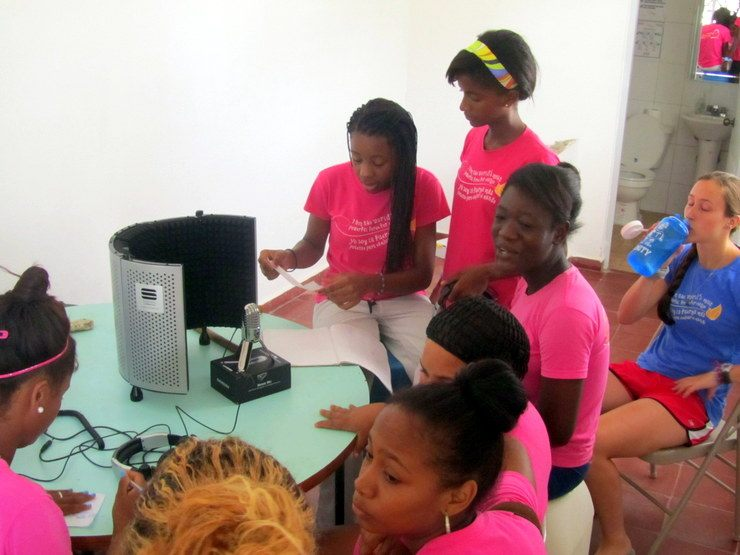 Girls Creating Music at Mariposa.