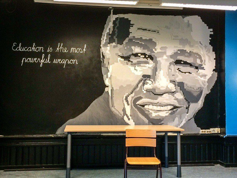 Painting in a school cafeteria in Bergen.