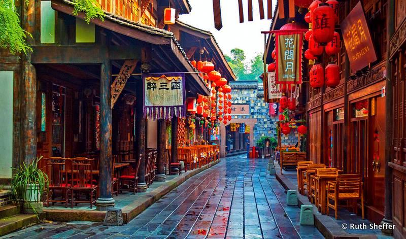 A beautiful street in Chengdu, China.