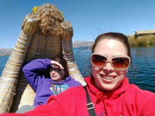 Karen and Alison in Islas los Uros.