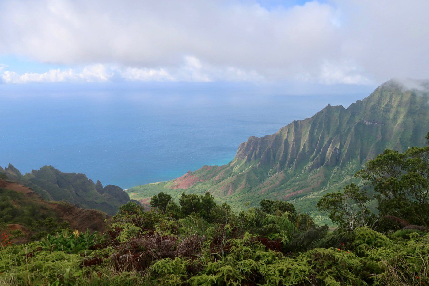 Beautiful Napali Coast, Kauai in Hawaii.