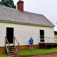 This is a reconstruction of a duplex in the South Yard. Several enslaved families would have lived in this dwelling. Their daily lives would have involved domestic tasks in and around the main house.
